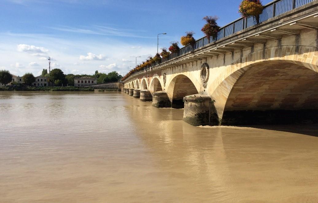 Pont de Pierre de Libourne OSMOS